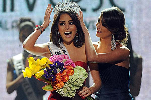 Miss-Universe-2010-Xemina-Navarrete